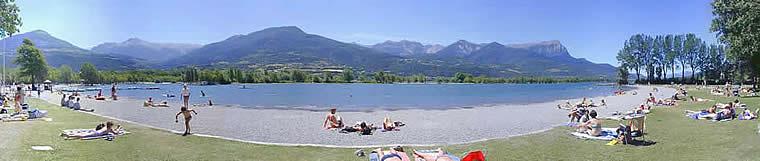 Camping serre pon on camping embrun pr s du lac dans - Camping serre poncon avec piscine ...